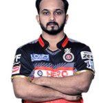 बचपन में बैट लेकर सोने वाला, कौन है वो स्टार क्रिकेटर ? | Kedar Jadhav की पूरी कहानी